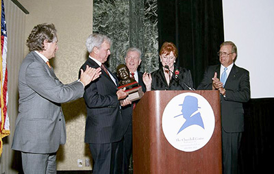 Churchill Centre Emery Reves Award to Tom Brokaw, Chicago, 2006: L-R: Laurence Geller, Tom Brokaw, Bill Ives, Celia Sandys, Richard Langworth.